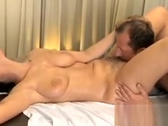 MILF hairy pussy gets stretched and