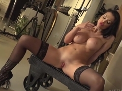 Cock loving milf with huge boobs, Aletta Ocean is posing in front of the webcam