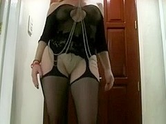 The ultimate teasing cuckoldress