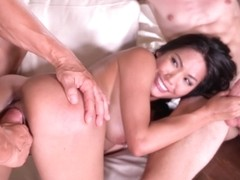 HandsOnHardcore - Polly Pons Thai Treat In The Middle