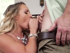 Cali Carter bangs her hubby's boss for fun