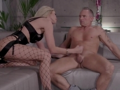 WickedPictures - jessica drake Surprises Hookup With DP