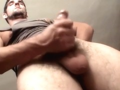 Straight thug is eager to unload his jizz after wanking
