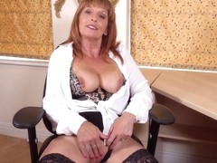 Beau Diamonds Wank For Your Head Mistress