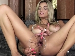 PJGIRLS Klarisa Leone extreme pussy stretching, self-fisting & special gyno