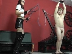 Witty slave gets the whip