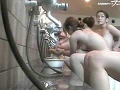 Girl shows her japan ass closely to the voyeur camera dvd 03187