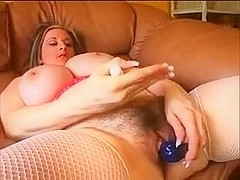 Hairy Pussy MILF Kitty Lee Toys and Fucks