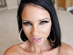 1000Facials Video: Raven Bay
