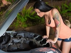 Bruce Venture & Katrina Jade  in Car Breakdown