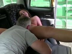Busty taxi brit cocksucking before oral