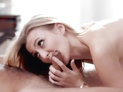 Alexa Grace could not hold back from cheating on her partner because she was too horny