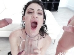 Lydia Black - Fucking Wet With Lydia Black 4 On 1 Beer