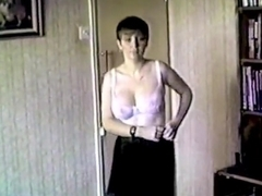 TAINTED LOVE - vintage British big tits striptease dance
