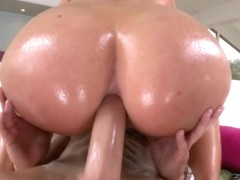 Let's Go Anal On this Huge Ass!