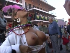 Mardi Gras Chicks Flashing in the Streets - SpringbreakLife