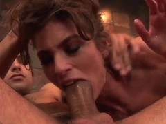 Lsuty slut Naomi Russell has wild double pentration