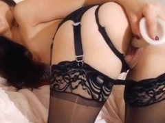 Sweet Asian Teen Babe Plays her Pussy