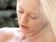 21Naturals Video: Flower