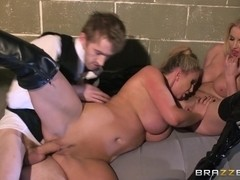 Pornstars Like it Big: The Doctor: Part Three. Georgie Lyall, Leigh Darby, Victoria Summers, Danny.