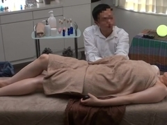 Private Oil Massage Salon for Married Woman 1.2 (Censored)