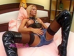 TS Paula in threeway fucking