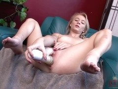 Maddy Rose - Toys