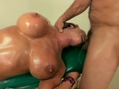 Nikki Sexx is having a nice fuck with Ramon