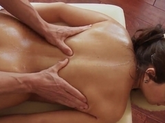Massage therapist Johnny demonstrate his tricks