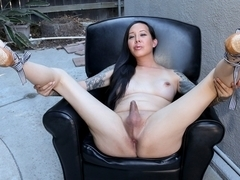 Make Way For Honey Ryder - TGirlsXXX