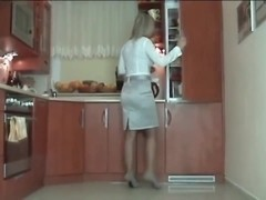 nylons kitchen