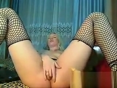 Blonde Chick Plays With Her Holes