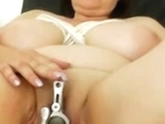 Plump mother i'd like to fuck brunette hair acquires a gyno