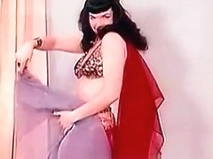 Sensitive Belly Dance of a Hot Pornstar (1950s Vintage)