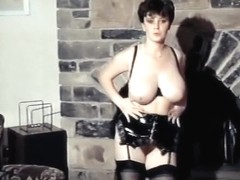 FUNK SOUL SISTER - vintage English bouncy big tits
