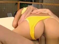 Teenie screams with 2 males blasting her pussy and arse