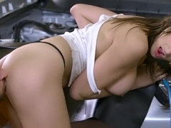 Dirty Mechanic Ashley Adams loves anal - Brazzers