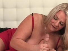 Mature Bbw Giving Pov Guy Tugjob