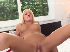 Overwhelming blonde lady rikki six enjoys fast fucking