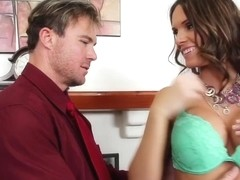 Jennifer Dark & Justin Magnum in Naughty Office
