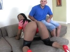 Carmela knows how to use her large ass