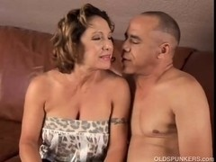 Captivating granny can't live without to fuck and eat cum
