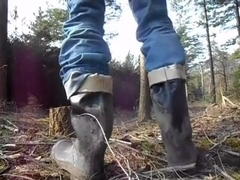 nlboots - rubber boots outdoors