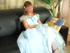 LacyNylons Movie: Alice and Alina E